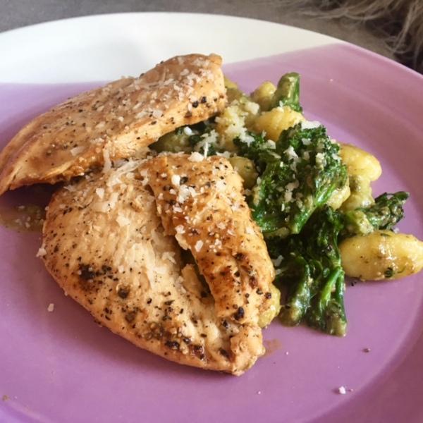 Grilled chicken and pesto gnocchi