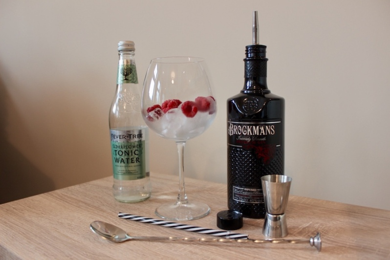 brockmans-gin-garnish