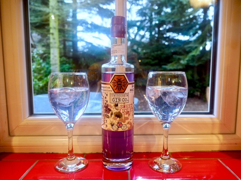 Manchester Gin Sweet Violet flavour purple gin